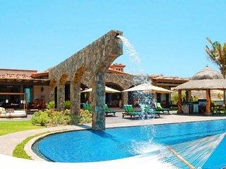 Sensational 6 Bedroom Villa with Infinity Style Jacuzzi in Palmilla, San José Del Cabo