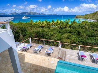 Fantastic 4 Bedroom Villa in Smugglers Cove, Tortola