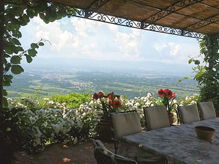 Tuscany with View for Two