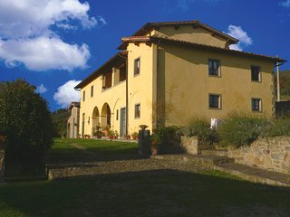 Typical Tuscany, Privacy and Panorama, Loro Ciuffenna