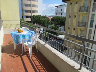 Nice Condo 100 metres from the Beach! Private Parking, Bibione