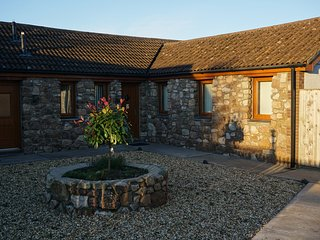 Daffodil Cottage is a delightful new barn conversion., Llanmorlais