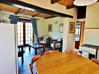 Klipspringer Self Catering Accommodation - Private Nature Reserve - Hot Tubs