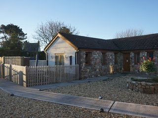 Bluebell Cottage is a delightful new barn conversion., Llanmorlais
