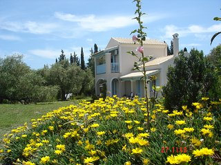 Asfodelos Farm House at the Aroggia Farm