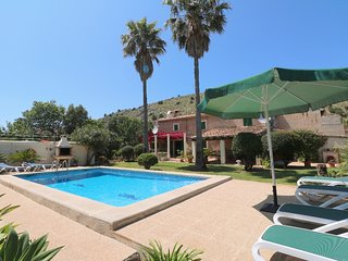 Villa for rent in Pollensa countryside, with pool. An oasis of calm