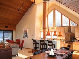LUXURIOUS SNOWMASS HOME - STUNNING, SPACIOUS AND PEACEFUL!, Snowmass Village