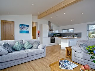 12 Horizon View, Southern Halt located in Liskeard, Cornwall