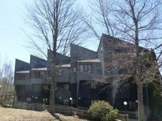 Waterville Estates Condo for a Great Getaway with Mountain Views!, Campton