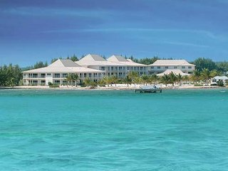 Grand Caymanian Resort: Studio, Sleeps 3, Kitchenette