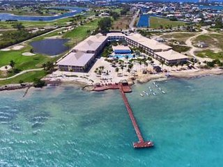 Grand Caymanian Resort: 1-Bedroom, Sleeps 4, Full Kitchen