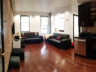 STUNNING 3BDRM/2BTH 4 STOPS TO TIMES SQUARE ON THE A EXPRESS! WASHINGTON HEIGHTS, New York City