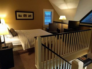 Upstairs loft master suite.