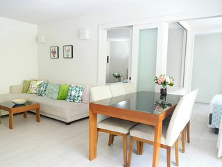 Palm Cove: Tranquil Beachside Escape 2 Bedroom Bargain