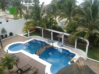 LAST MINUTE! Beautiful Beach House free for XMas and New Year in Yucatan