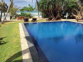 South Point Ocean - 8 Bedroom Luxury Beach Villa