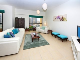 COZY AND  ELEGANT FURNISHED 02 BEDROOM APARTMENT WITH MARINA VIEW REF.# DD2B76, Dubaï