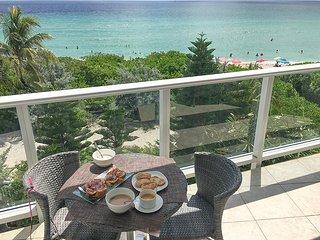 Miami Beach Dream Vacation Suite