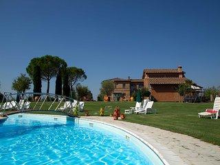 Appartamento Bilocale A con piscina vicino Siena, Isola d'Arbia