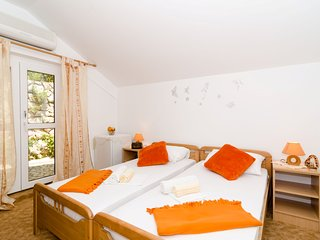 Guest House Daniela - Double Room with Terrace and Sea View, Mlini