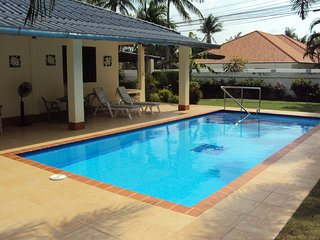 DETACHED 2 BEDROOM VILLA WITH PRIVATE POOL,