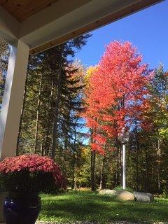 Autumn in Vermont is beautiful.