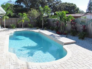 PRIVATE POOL HOME IN THE HEART OF CLEARWATER!