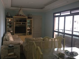 Apartamento de Alto padrão com Vista para o Mar e excelente localização., Santos