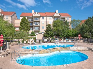 Entertainment Awaits – Wyndham Branson at the Meadows 2-Bedroom Condo - 2F