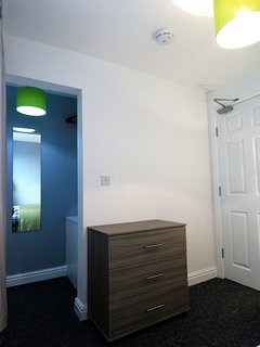 Room 3 fitted wardrobe