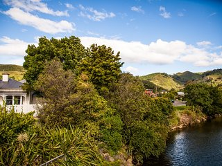 Grove Garden Villa Holiday Home in Nelson