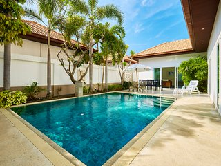 Majestic pool villa!, Pattaya