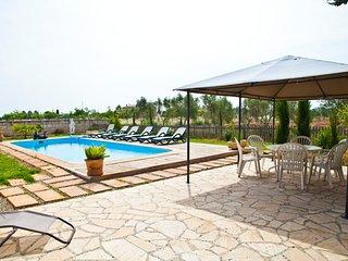 Casa Rural forrada de piedra, Piscina, Barbacoa, wifi y zona de jardin