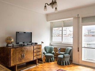 Oporto 2 bedroom Sunny Apartment, Porto