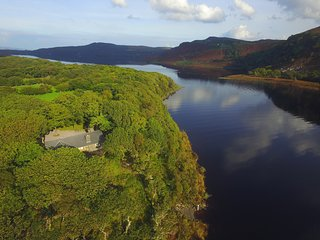 ACORN COTTAGE - PRIVATE ISLAND!