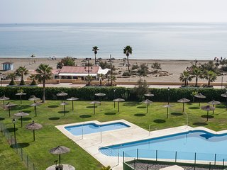 1938 - Two bedroom apartment overlooking the beach, Sabinillas