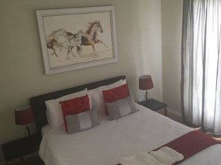 Crawford Manor (Self catering Apartment), Fourways