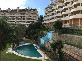 Amazing sea view apartment in Puerto Banus