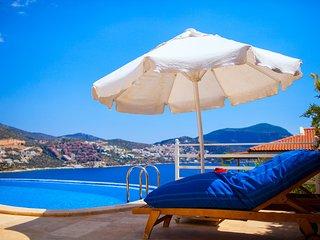 Villa Yakut - Kalkan villa with 3 bedrooms, private pool and amazing sea views.