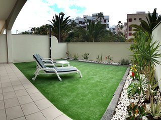 New & Luxury 2 Beds Rooms Apartment - Garden &WIFI, Palm Mar