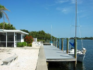 Bimini Bay Waterfront Vacation Home (-10% on Jan. 2017 one week or longer), Anna Maria
