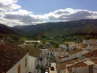 Casa Rural el Sendero en el Burgo Malaga