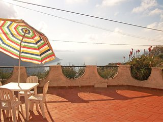 Picturesque Sicilian holidays house on a hill close to Gioiosa Marea