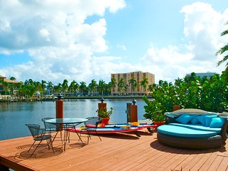 CASA NAVARRO - Las Olas Isles - 'THE BEST LOCATION IN FORT LAUDERDALE'