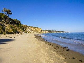 Santa Barbara Beach Club