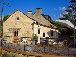 Gîte de France 3* très central en Aveyron -  calme et campagne - 5 couchages