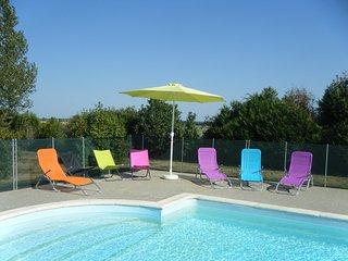 la piscine exclusivement réservée au gîtes