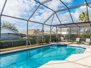 Beautiful 6 Bedroom Pool Home, Kissimmee