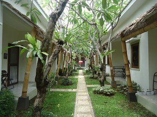 Rumah Lima - Pondok Gaya Studio - Self Catering - Shared Pool