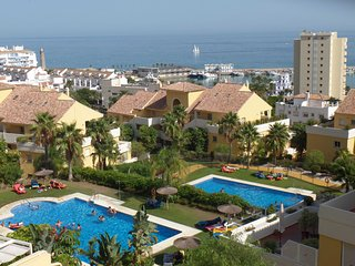 Amazing stylish apartment with ocean views veryclose to sandy blue flag beaches, Benamara